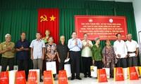Vorsitzender der Vaterländischen Front Vietnams besucht Provinz Hau Giang