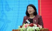 Vizestaatspräsidentin Dang Thi Ngoc Thinh nimmt an Konferenz zum Start der Kampagnen und Wettbewerben in Nam Dinh teil