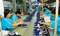 Export von Handys, Computer und Schuhen nach USA steigt