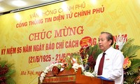 Vizepremierminister Truong Hoa Binh: Journalisten sollen gutes Berufsethos haben