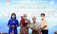 Jugendliche der Hauptstadt treffen ehemalige Jugendliche der Zitadelle Hoang Dieu