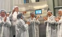 Einweihung des Betriebs zur Verarbeitung von frischem Gemüsen und Obst im Kreis Van Ho