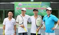 Erweitertes Tennis-Turnier des Krankenhauses Trung Vuong 2020
