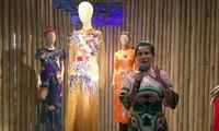 """Normaler Traum"" - Erste Modeausstellung der Designerin Thuy Nguyen"