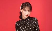 Gewinnerin des Gesangswettbewerbs der Stadt Hanoi präsentiert erstes Lied