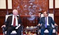 Staatspräsident Nguyen Xuan Phuc empfängt den russischen Botschafter in Vietnam