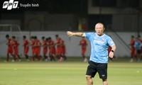 Südostasiens Fußball beeindruckt die Leistung des Trainers Park Hang-seo und der vietnamesischen Mannschaft
