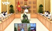 Der Premierminister fordert Mobilisierung der Kräfte für Ho Chi Minh Stadt bei Covid-19-Bekämpfung