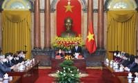 Staatspräsident Nguyen Xuan Phuc: Senioren sind Schatz des Volkes und Säule der Familien und Gesellschaft