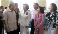Party leader calls for more contributions by retired senior officials