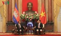 President Tran Dai Quang receives Cambodia's top legislator