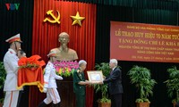 Former Party chief honored with distinctive Party medal