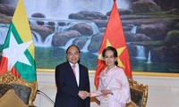 Vietnam, Myanmar reinforce comprehensive partnership