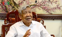 Former Party chief Le Kha Phieu passes away, aged 89