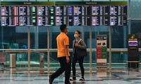 Singapore cuts quarantine time for visitors from Vietnam by half