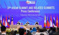 PM hosts press conference on outcome of 37th ASEAN Summit