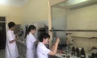 Vietnam institute successfully synthesizes COVID-19 drug