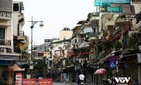 Hanoi to extend strict social distancing in high risk areas after September 6