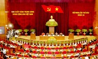 กรมการเมืองและคณะเลขาธิการกลางพรรครายงานผลการปฏิบัติมติการประชุมคณะกรรมการกลางพรรคครั้งที่4