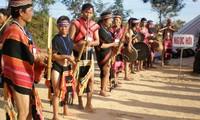 ชนเผ่าเบราในเขตที่ราบสูงเตยเงวียน
