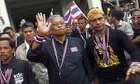 ความไร้เสถียรภาพบนเวทีการเมืองไทย