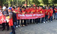 Vietnamese people continue to protest China's violation of Vietnam's sovereignty