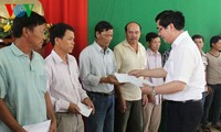 Minister of Agriculture and Rural Development visits fishermen in Quang Ngai