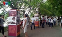 Tourist attractions in Hanoi, HCM city crowded