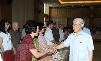 Party, state, government leaders meet voters