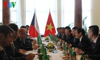 President Truong Tan Sang ends visit to the Czech Republic