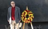 Memorial service held for British activist Len Aldis