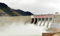 Generator 1 of Lai Chau hydro-power plant begins operations