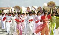 HCM city: 6,000 people march for women's advancement