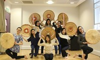 Students in UK promote Vietnamese culture