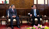 Vietnam to create favorable, stable business environment for foreign investors