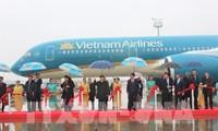 阮富仲出席越航和越捷航空公司与法方签订飞机订购和租赁协议仪式