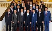 越南政府总理阮春福会见日本福冈县知事小川洋