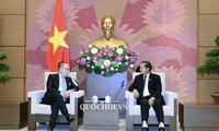 越南和阿根廷促进贸易和多领域合作