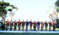 阮春福出席IMF-WB年会期间举行的东盟领导人见面会