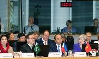 阮春福结束出席ASEM 12、访问EU和正式访问比利时行程