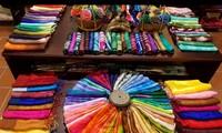 为越南传统手工艺村融入国际做出贡献