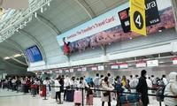 将近300名越南公民从加拿大运送回国