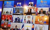 """与会代表对东盟""""关于数字时代妇女赋权的特别会议""""予以高度评价"""