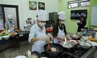 越韩美食文化交流活动在岘港市举行