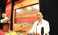越南国家主席阮春福要求人民公安力量及时向党和国家提出维护主权、国家安全、保障社会秩序和安全的战略性建议