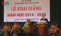 Parlamentspräsident Nguyen Sinh Hung: Vietnam braucht gute Justiz-Beamte