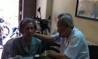 Der Veteran bietet medizinische Versorgung für arme Menschen
