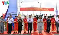 Premierminister Nguyen Tan Dung bei der Einweihung der Nam Can-Brücke