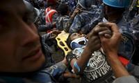 Familie der Todesopfer des Erdbebens in Nepal erhält 1000 US-Dollar