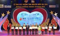 21 Nationalpreise an Freiwillige